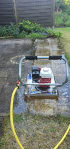 Terassen Reinigung Pflasterreinigung Hofpfläche reinigung